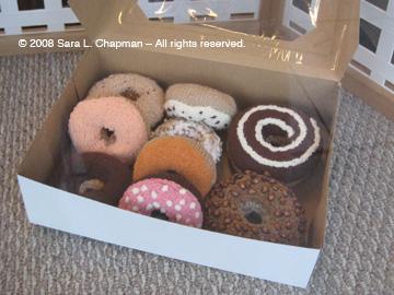 knit-donutsc.jpg