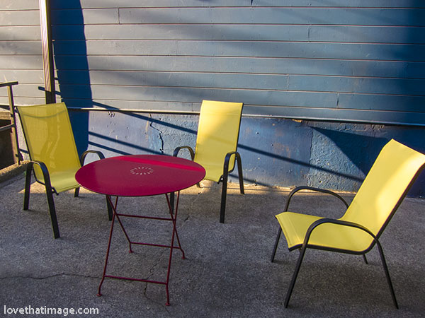 Primary colors on an urban patio