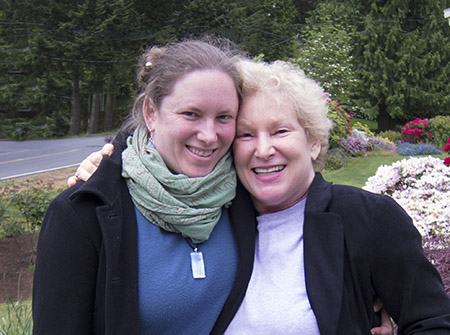 Lila Greenfield (left), jewelry designer, and her mom Sara Chapman, jewelry maker, photographer, and author